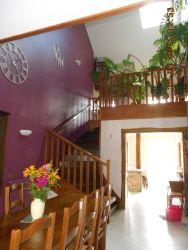 La salle à manger et le grand escalier